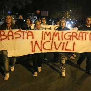 Cittadini manifestano a Tor Sapienza