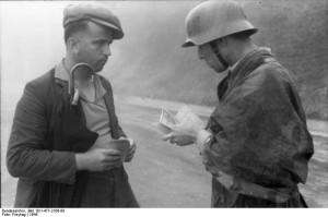 Bei Mailand, Soldat Zivilisten kontrollierend